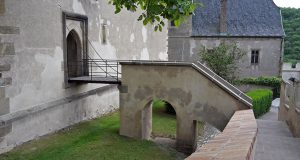 Jedno z mála míst z Karlštejna, které se v Noci na Karlštejně objevilo