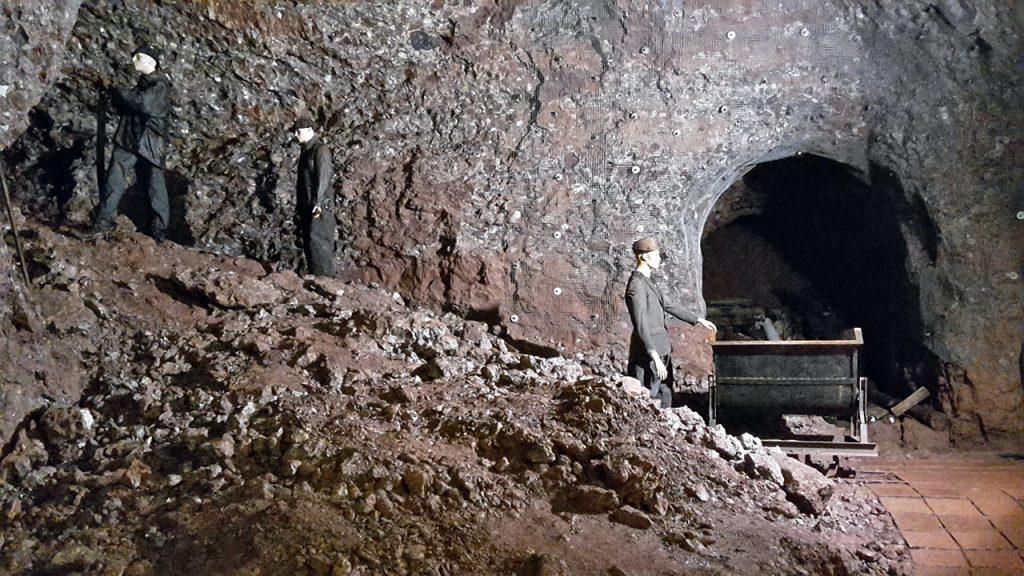 Podzemí pevnosti Stachelberg