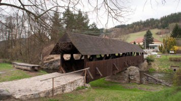 Kde najdete nejstarší krytý dřevěný most na Moravě?